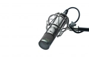 Maono AU-A04 Condenser Microphone Kit Review